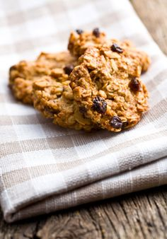 Oatmeal Spice Cookies Recipe - Food and Entertainment - Capper's Farmer