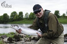 Fly Fishing on the River Tay, one of the best Scottish salmon rivers in Scotland and the UK. Spey casting instruction included and you can fly fish or spin cast Fishing Uk, Crappie Fishing, Gone Fishing, Fishing Humor, Vintage Fishing, Best Fishing, Fishing Reels, Kayak Fishing, Fishing Tips