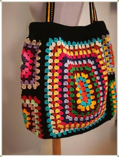 hippie style 347762402478541428 - Source by Sac Granny Square, Granny Square Crochet Pattern, Crochet Blanket Patterns, Crochet Stitches, Granny Granny, Crochet Blocks, Crochet Handbags, Crochet Purses, Crochet Bags