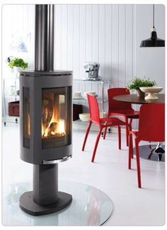 Jotul GF 370 DV Free Standing Direct Vent Gas Fireplace from Vancouver Gas Fireplaces. Add fire crystal glass for an elegant touch @Home Depot