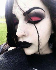 Gothic make-up 💄 vzhled 💋💋💋👄👄WHAT JE váš styl? Gothic Makeup, Emo Makeup, Makeup Inspo, Makeup Art, Makeup Inspiration, Makeup Tips, Beauty Makeup, Witchy Makeup, Rock Makeup