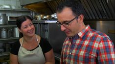 Host John Catucci goes whole hog at a hot Hogtown brunch spot, an old beehive burner makes for fall off the bone smoked meats, and seafood beignets, crawfish étouffées, and chargrilled oysters are big in the Big Easy.