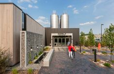 The–Surly-Destination-Brewery-and-Beer-Gardens-06 « Landscape Architecture Works | Landezine