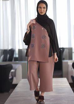 Leenalghouti Street Hijab Fashion, Abaya Fashion, Muslim Fashion, Modest Fashion, Fashion Outfits, Modest Wear, Modest Dresses, Modest Outfits, Abaya Style