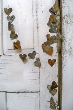 Rusty heart garland industrial metal French chic vignette decoration hanging holiday or home decor Anita Spero. I Love Heart, Key To My Heart, Happy Heart, Heart In Nature, Heart Art, My Funny Valentine, Valentines, Heart Garland, Rusty Metal