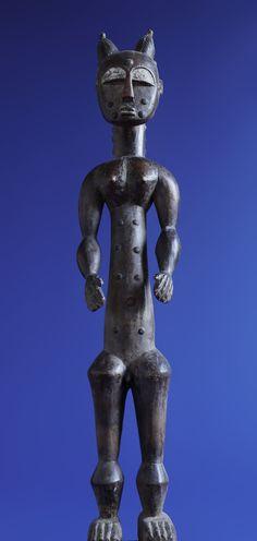 African Art For Sale, Art Object, Traditional Art, Belgium, Buddha, Lion Sculpture, Greek, Objects, Statue