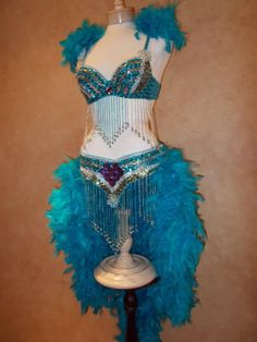 Items similar to Hot SALE 4 piece Carnival Costume Mardi Gras Samba Showgirl Sequin Feathers Outfit on Etsy Mardi Gras Halloween Costume, Masquerade Costumes, Burlesque Costumes, Showgirl Costume, Samba Costume, Vegas Showgirl, Costume Dress, Carnival Outfits, Carnival Costumes
