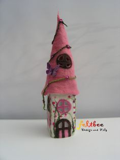 Filzlampe, Hauslampe Blütenranke, gefilzt von feltbee - Design aus Filz auf DaWanda.com