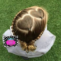Hart in your hair Princess Hairstyles, Little Girl Hairstyles, Hairstyles For School, Pageant Hair Updo, Crazy Braids, Gymnastics Hair, Hair Creations, Hair Skin Nails, Toddler Hair