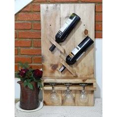 wooden wall cellar for 2 bottles-three glasses - Madeira - Wein