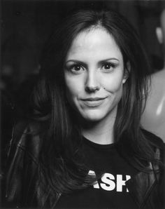 Mary-Louise Parker - loved her in Fried Green Tomatoes & The West Wing, and now Weeds