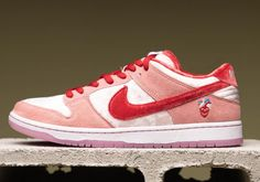 """""""StrangeLove x Nike SB Dunk Low Perfect For Valentine's Day"""" Mens Vans Shoes, Sneakers Nike, Vans Men, Nike Snkrs, Nike Air, Zoom Iphone, Iphone 5c, Nike Basketball Shoes, Shopping"""