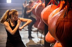 'Hunger Games,' 'Divergent': The new wave of strong female-led sci-fi