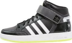 Adidas Varial Mid J C76982 Adidas Sneakers, Shoes, Fashion, Moda, Zapatos, Shoes Outlet, Fashion Styles, Shoe, Footwear