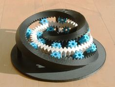 Moebius Gear by Aaron Hoover