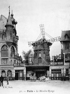 Moulin Rouge, Paris   photo c.1900