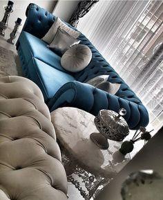 Klasik ve modernin harmanı, göz alıcı bir dekor. Home Room Design, Living Room Designs, House Design, Living Room Grey, Living Room Decor, Decoration Hall, Decor Scandinavian, Modern Sofa, Home Decor Furniture
