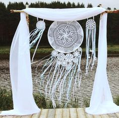 60 Ideas Wedding Boho Ideas Decoration 60 Ideas Wedding Boho Ideas Decoration The post 60 Ideas Wedding Boho Ideas Decoration appeared first on Hochzeit ideen. Dream Catcher Wedding, Dream Catcher Boho, Dream Catchers, Dream Catcher Cake, Rever Mariage, Boho Backdrop, Backdrop Ideas, Wedding Vows Examples, Wedding Ideas