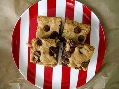 Peanut Butter Chocolate Chip Blondies - sweetest kitchen