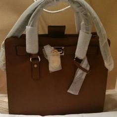 NEW MK HAMILTON ! New  Authentic  LUGGAGE COLOR*** Textured Saffiano leather*** Michael Kors Bags Totes