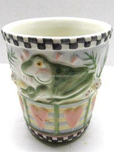 Novelty Bath Frog Tumbler by Debbie Mumm - Retired Toothbrush And Toothpaste Holder, Tumblers, Planter Pots, Bath, Mugs, Tableware, Bathing, Dinnerware, Tablewares