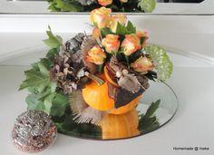 Bloemstuk gemaakt in Kalebas!   Because Autumn is Coming