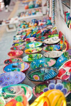 Mexican folk art: pottery on display at Isla Mujeres, Mexico