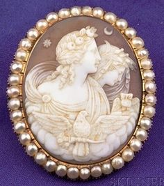 Antique Shell Cameo Brooch Depicting Venus And Diana With Dove And Owl, Framed By Seed Pearls, In Gold Mount   c.1800-1906