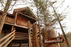 Heaven's Nest - Sky Harbour 950 - Secluded Pigeon Forge Pet Friendly Tennessee Vacation Cabin Rental-Smoky Mountain Honeymoon Cabin.