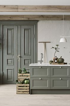 Kitchen Cabinet Design, Modern Kitchen Design, Kitchen Interior, Küchen Design, House Design, White Cottage Kitchens, Kitchen Shades, English Country Kitchens, Interior Design Inspiration