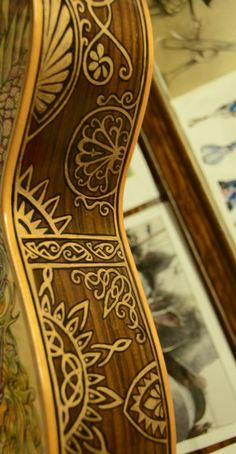 LOTR Illustrated Guitar by Vivian Xiao. Side OH. MY. GOSH. WHY DO I NOT HAVE ENOUGH MONEY FOR THIS!??!?!?