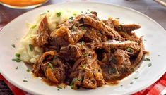 This is a savory and succulent slow cooked pot roast easy paleo recipe with a little Italian twist to this classic dish. Pot Roast Recipes, Paleo Recipes Easy, Chili Recipes, Potato Recipes, Paleo Crockpot Chili, Italian Pot Roast, Mashed Sweet Potatoes, Paleo Dinner, Popular Recipes
