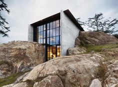 Concrete & Rocks
