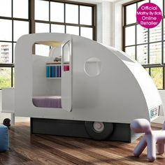 This Caravan Children's Bed is a fabulous addition to any kids bedroom, not only does it bring fun and adventure to your room, but being a fully enclosed bed, it's a great escape from stressful brothers, sisters and parents. Inside this luxury & unusual k Deco Dyi, Unique Kids Beds, Enclosed Bed, Pull Out Bed, Storing Books, Ideas Prácticas, Bed Ideas, Pull Out Drawers, Childrens Beds