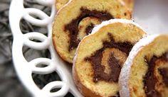 """Il rotolo alla nutella è un dolce semplice ma altamente gustoso, ideale per le merende dei bambini e per gli spuntini golodi dei """"più grandi"""". Facile da pr"""
