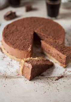 This is an unbaked cheesecake that is very easy to make and set to impress. The espresso is very subtle and amplifies the flavour of the chocolate. It's also quite decadent, but then isn&#821…