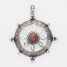 Pandantiv amuletă Chakra, argint, coral, Nepal #metaphora #silverjewelry #amulet #silveramulet #pendants #chakra #coral