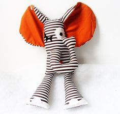 Doudou éléphant Bary LIGHT le crooner du coeur
