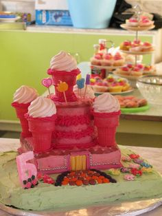 Princess Party: How to make an Easy Castle Cake (step-by-step Tutorial)