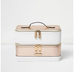 Checkout this White and rose gold panel vanity case from River Island