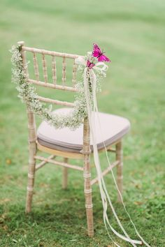 Wedding chair adorned with baby's breath wreath and pink butterfly // Eddie + Stephanie's Wedding with a Live Butterfly Release at Shangri-La's Rasa Sentosa Resort Wedding Themes, Wedding Designs, Wedding Decorations, Wedding Ideas, Wedding Favors, Baby Kranz, Babys Breath Wreath, Butterfly Wedding Theme, Table Rose