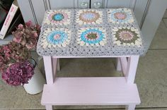 Crochet Sunburst Granny Square step cover by Cosmos and Cotton