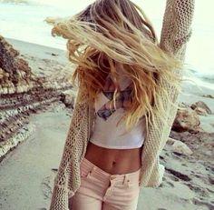 Protéger ses cheveux sur la plage