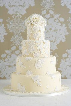 Wedding cake lace