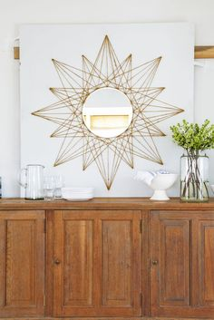 7 DIY Home Decor Crafts to Make With Rope – diy mirror Diy Wand, Rope Crafts, Crafts To Make, Twine Crafts, Crafts Cheap, Diy Home Decor Projects, Decor Crafts, Craft Projects, Project Ideas