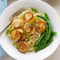 Honey Sesame Scallops over Angelhair pasta with a side of garlic green beans!