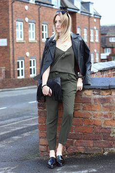 Khaki Green Outfit on fashion blog