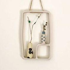 Hyeyoun Shin | 10x17cm . . . . #인테리어 #소품 #도자기 #핸드메이드도자기 #dryflower #pottery #clay #ceramics #interior #decor #madeinaustralia #hanging #vase #miniature #handmade