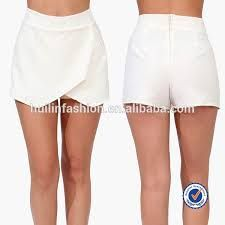 Listed here are Best 10 (ten) Techniques to Design Trousers by using Footwear for girls. Best Relaxed Clothes for Clubbing. Club Outfits For Women, Summer Outfits Women, Short Outfits, Cool Outfits, Pants For Women, Casual Outfits, Kinds Of Clothes, Diy Clothes, Short Elegantes