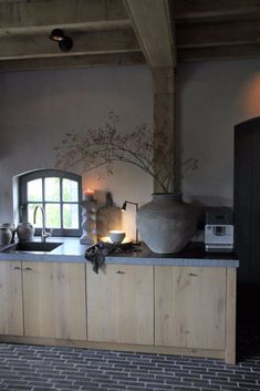 Interieurprojecten - Frieda Dorresteijn Beautiful Kitchens, Kitchen Dinning Room, Dutch Kitchen, Modern Outdoor Kitchen, Home Decor, Farmhouse Style Kitchen, Barn Interior, Kitchen Style, Rustic House
